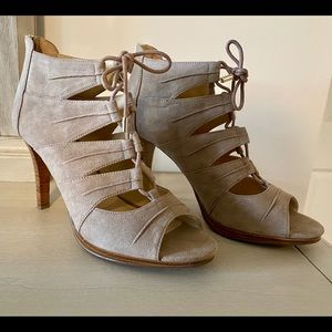 Just fab lace up heels size 8